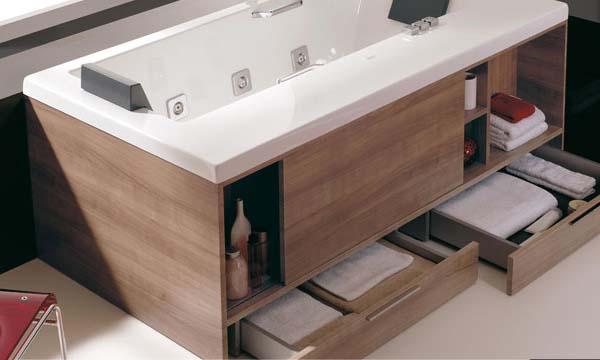 bath tub bersih