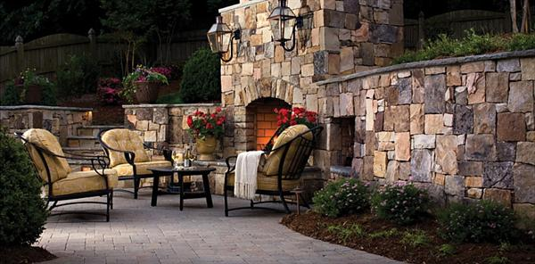 Concrete patio design ideas and pictures ayanahouse for Beautiful backyard patios